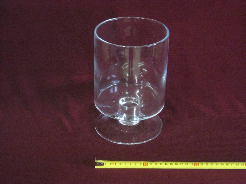 Taurė stiklinė cilindras su koja