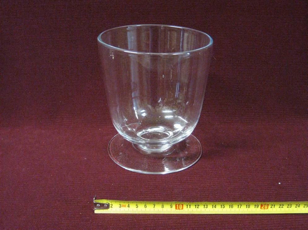Taurė stiklinė